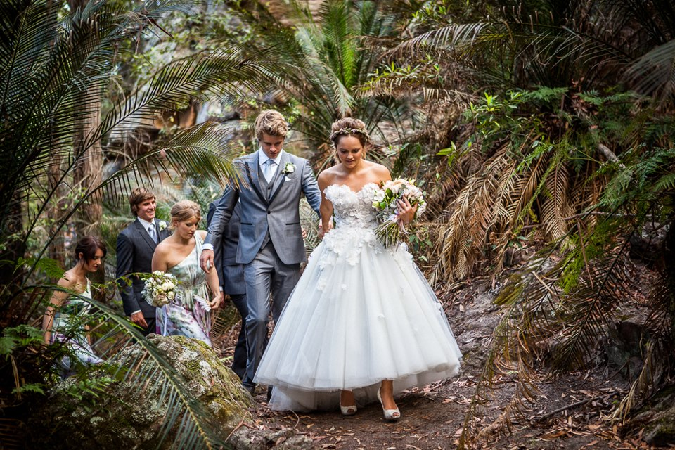 Luke Mitchell Rebecca Breeds Wedding 023 Fan Your Source For Pictures